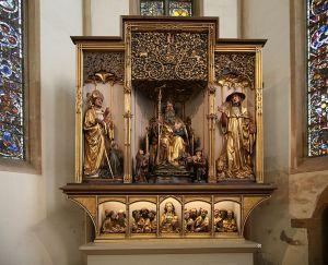 Autel du retable d'iSsenheim : Saint-Jérôme à notre droite, accompagné du lion qu'il a soigné