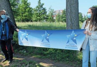 Garden Jardin: Le salut des habitants du Port du Rhin du 16 mai