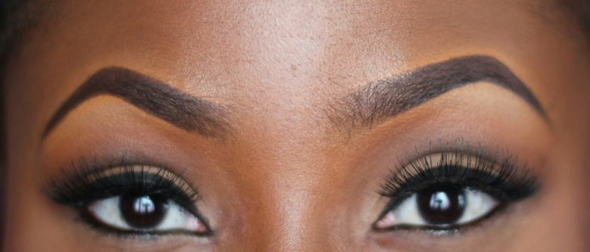 "Video Tutorial: Getting That ""On-Fleek"" Eyebrows"