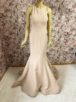 Meerjungfrauenkleid-beige