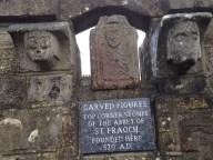 Sculptures de l'époque de Saint Colomban (27 ans en 570)