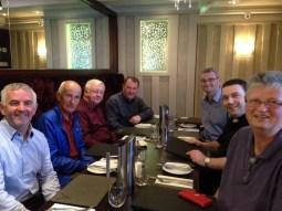 Dans un grand restaurant de Monaghan