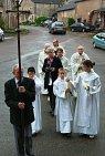 Mme Odile Pouilley, maire de Saint-Valbert, fut très active dans ce projet de rétablir la fête du saint patron. C'est à elle que revenait l'honneur de porter l'écuelle du Saint (conservée au Lieu de Mémoire Gilles Cugnier)