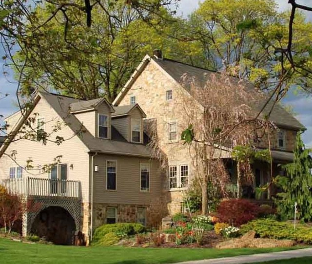 Lancaster County Pa Mennonite Farm Bed And Breakfast