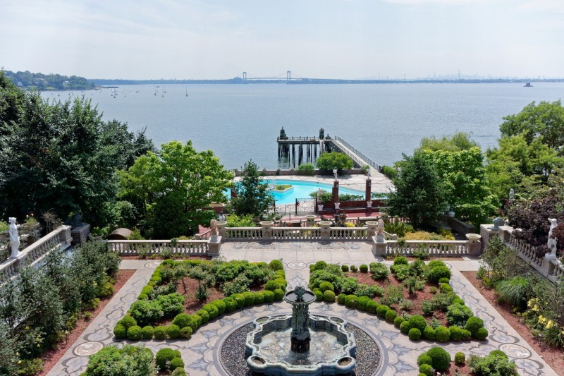 Palatial Long Island Estate Listed For 100M American Luxury
