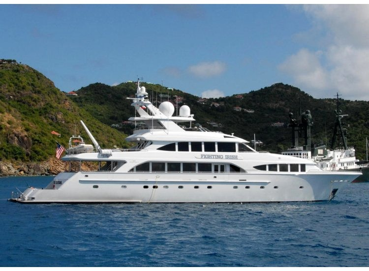 Westship Motor Yacht Fighting Irish With Room For Eight Crew Lists For 6M American Luxury
