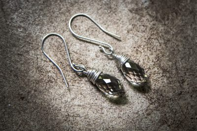 OJ4 - silver wire earrings with faceted quarz