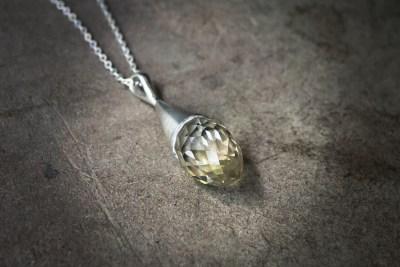 OJ6 -silver cone pendant with faceted Quartz and silver chain