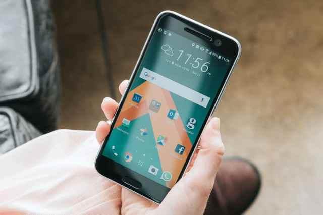 HTC-10 مراجعة هاتف إتش تي سي HTC 10: صاحب الكاميرا المذهلة والمظلوم شعبيا
