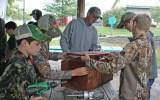 Kendra Peek/kendra.peek@amnews.com Gabe Cruse, Hagan Harrison, leader Will Bacon, Caleb Kernodle, and Brady Graves build a nesting box for wood ducks.