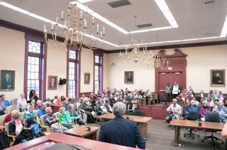 """The Boyle County Courthouse court room is filled to capacity as they wait for Michael Ross to read excerpts from MLK""""s famous Mountain Top speech. (Photo by Robin Hart)"""