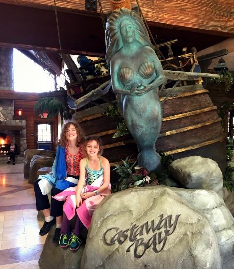 Castaway Bay lobby