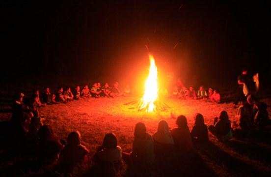 Api Unggun: Fungsi, Bentuk, dan Cara Pelaksanaan dalam Kegiatan Kepramukaan