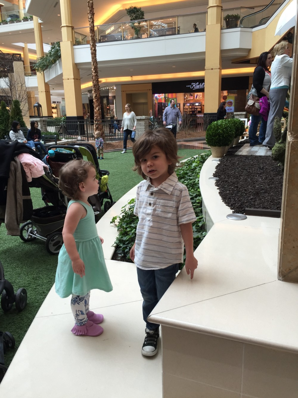 visiting the easter bunny, at somerset collection // a monkey and his mama
