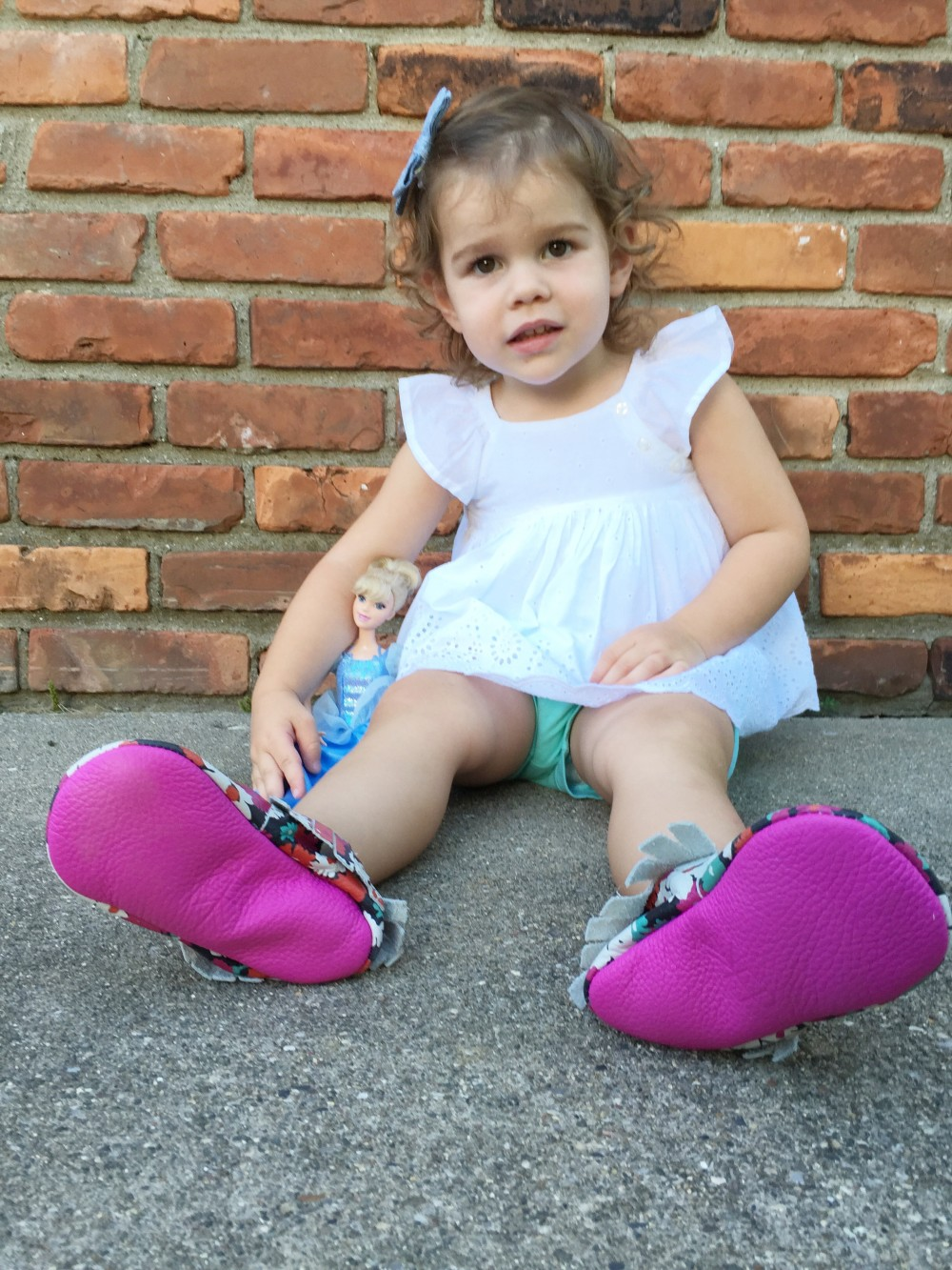 summer floral moccs {& a giveaway.} \\ a monkey and his mama