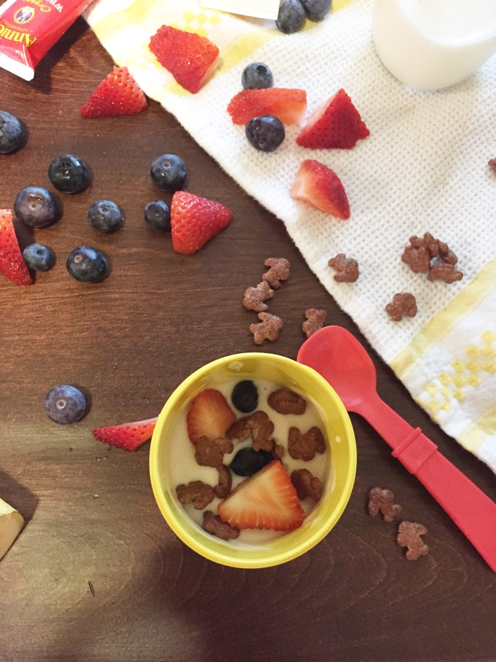 an easy breakfast idea with annie's homegrown // a monkey and his mama