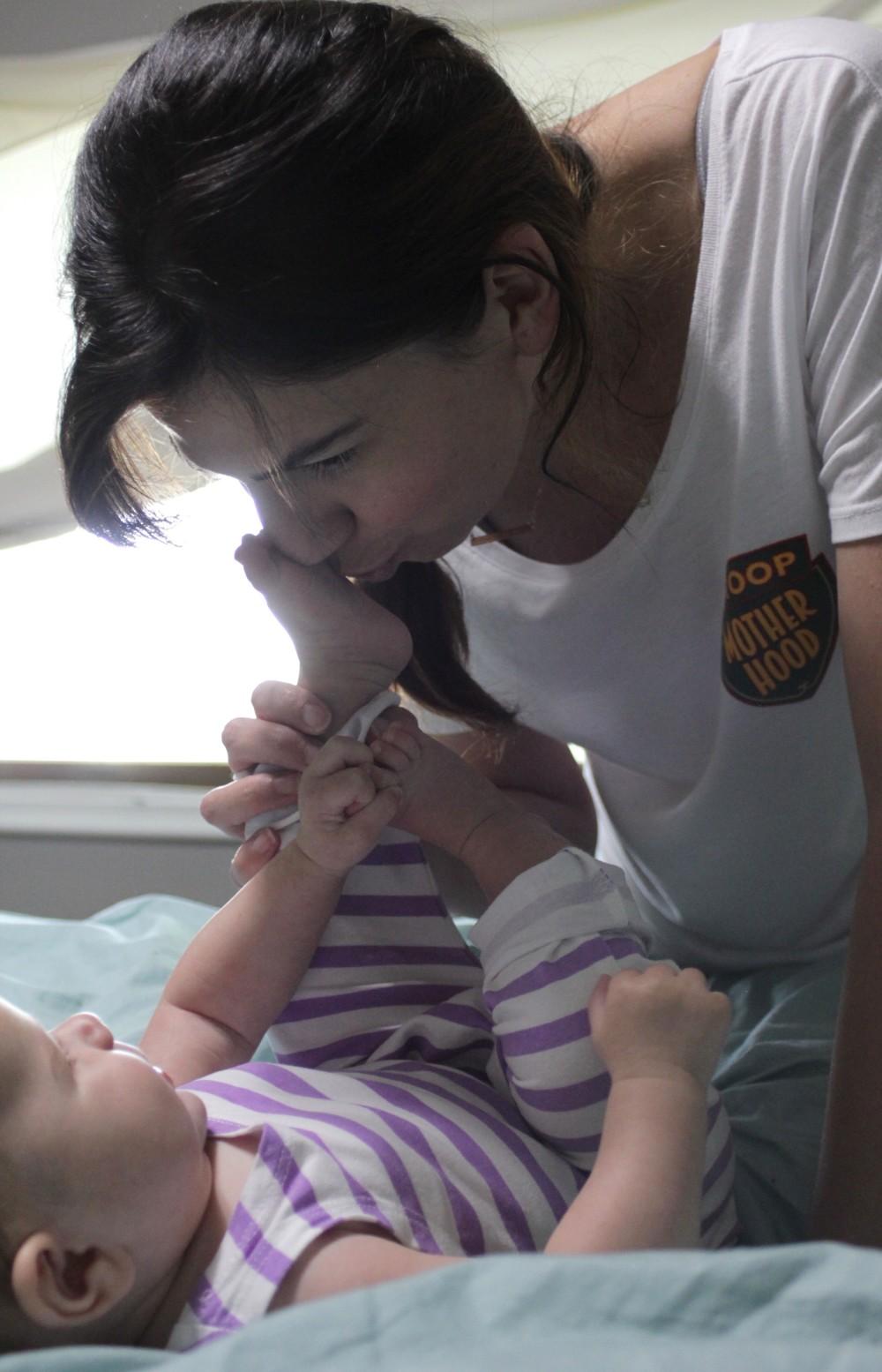breastfeeding is hard