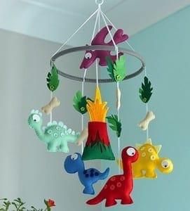 boy mobile nursery ideas- boy nursery theme - woodland nursery - amorecraftylife.com #baby #nursery #babygift #babyboyl