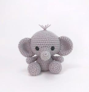 elephant crochet pattern- animal crochet pattern pdf - amigurumi amorecraftylife.com #crochet #crochetpattern