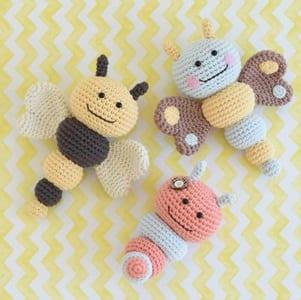 Crochet animal baby rattles + patterns | Crochet animal patterns ... | 300x301