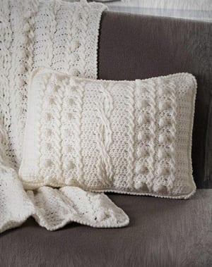 cable afghan & pillow crochet pattern -amorecraftylife.com #crochet #crochetpattern #diy