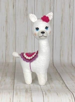 llama crochet patterns- alpaca - amigurumi amorecraftylife.com #crochet #crochetpattern #diy