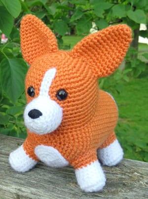 Crochet Corgi Amigurumi – Snacksies Handicraft | 403x300