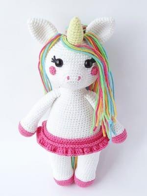 crochet unicorn pattern- crochet pattern pdf - amigurumi amorecraftylife.com #crochet #crochetpattern