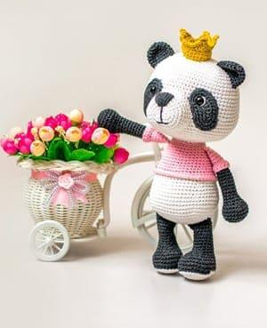 crochet panda pattern- panda bear pattern stuffed toy- crochet pattern pdf - amigurumi amorecraftylife.com #crochet #crochetpattern
