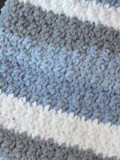 blue gray skies crochet baby blanket pattern - amorecraftylife.com -bernat blanket yarn baby blanket - baby afghan - free printable crochet pattern #baby #crochet #crochetpattern #freecrochetpattern