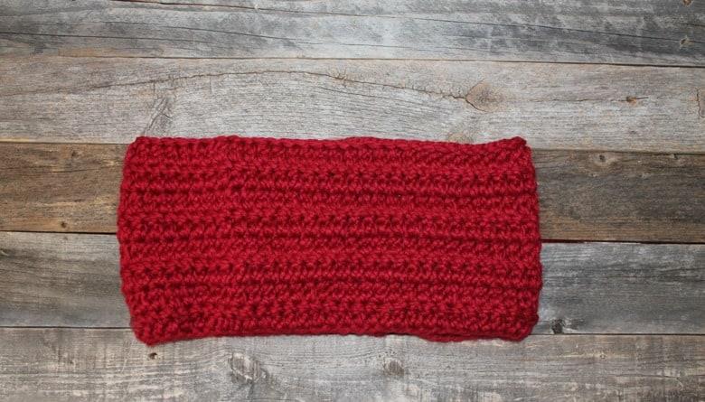 Make a bulky cowl pattern. Chunky Herringbone Crochet cowl Pattern -crochet cowl pattern- printable pdf - winter cowl- amorecraftylife.com #crochet #crochetpattern #freecrochetpattern