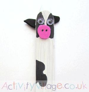 cow kid craft for preschooler - cow kid craft - farm kid crafts - crafts for kids- amorecraftylife.com #preschool #craftsforkids #kidscrafts