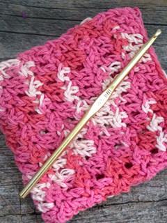easy floret stitch crochet dishcloth pattern - free printable pdf - amorecraftylife.com #crochet #crochetpattern #freecrochetpattern