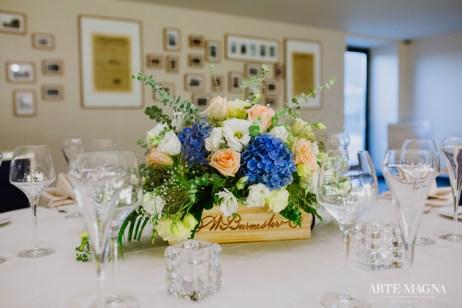 Marius&Diana Douro Elopement - Destination Wedding center table decoration