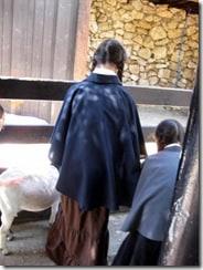 Girls in shalim (capes, shawls) at the Jerusalem zoo, 2009