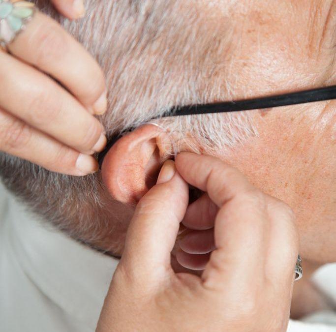 Qué tipos de pérdida auditiva existen y cómo ponerles remedio
