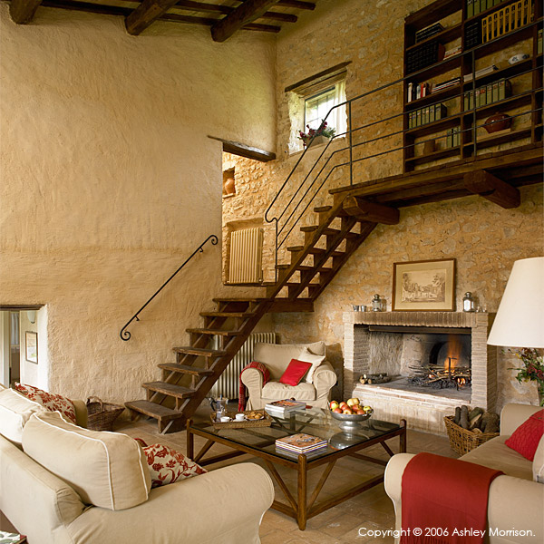 The living room in La Roccia villa.