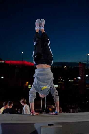 pamela handstand art of motion london