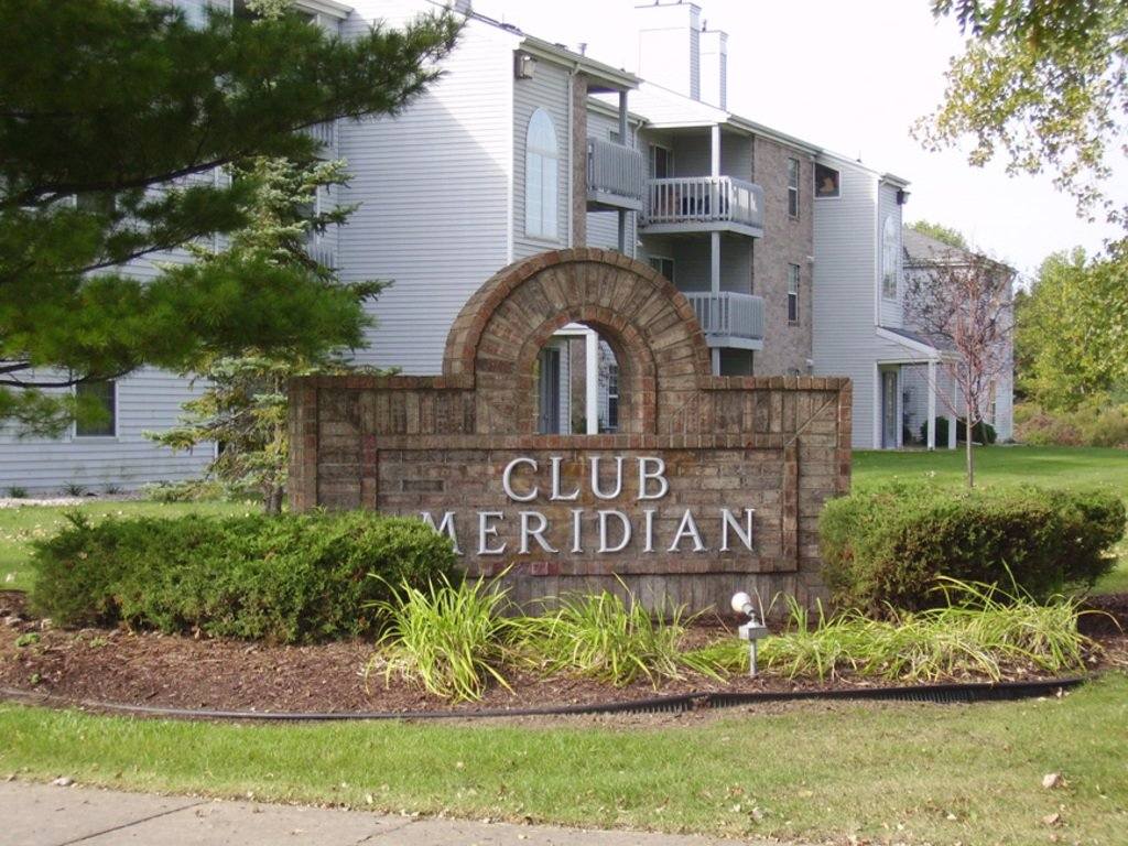 Club Meridian Apartments Okemos