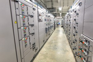 arc flash death occurred when installing a circuit breaker