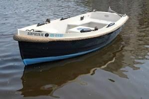 Amsterdam rent a boat
