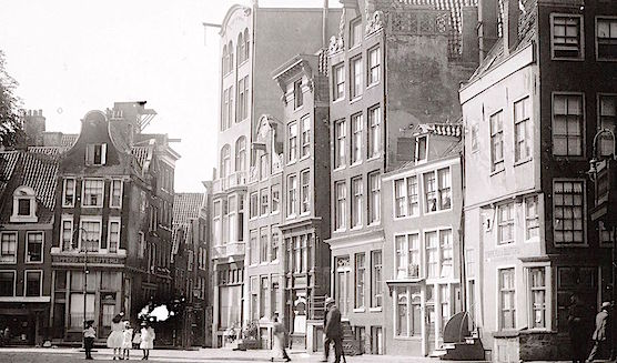 Amsterdam Old Church Square in 1914 - Red Light District
