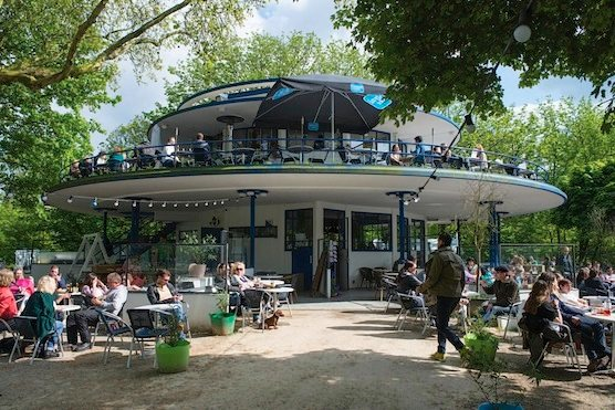 10 tips hot summer days in Amsterdam. Blue Tea House in Amsterdam's Vondelpark