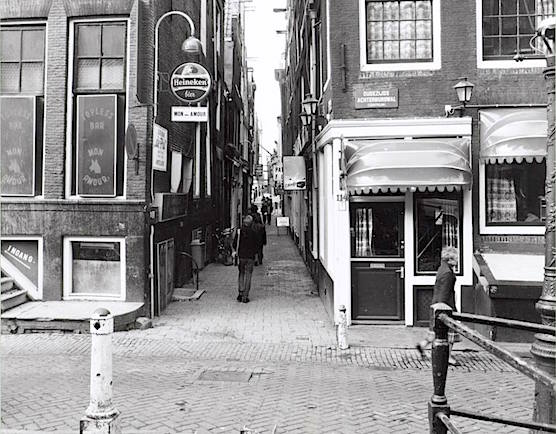 Amsterdam Red Light District Stoofsteeg 1980. Cafe Bar The Pint.