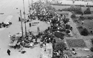 May 7th 1945 Amsterdam sheltering people