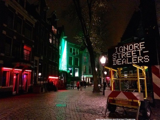 White heroin dealer drug warning in Amsterdam