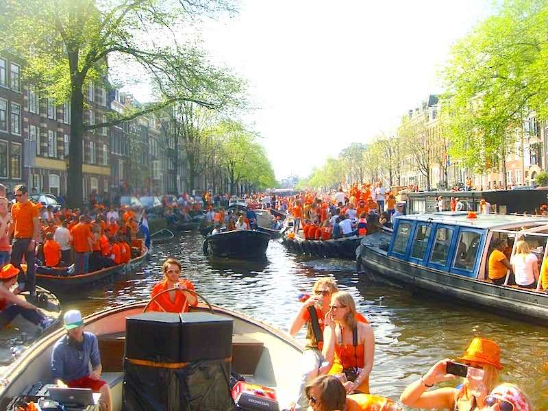 10 Best Tips For Kings Day 2016 in Amsterdam