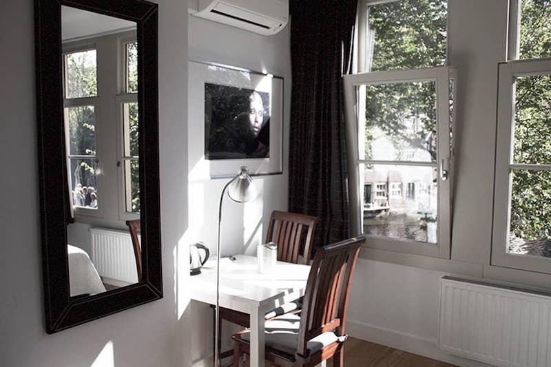 Airbnb Amsterdam accommodation