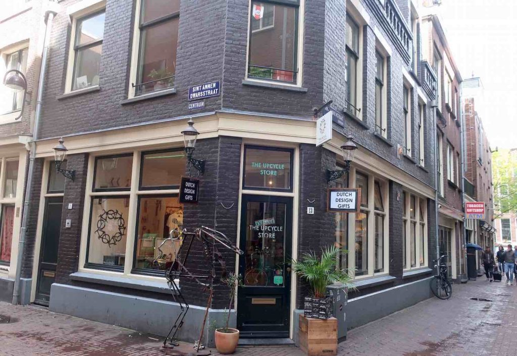 Amsterdam Wallen Project 1012 UpCylcle Store