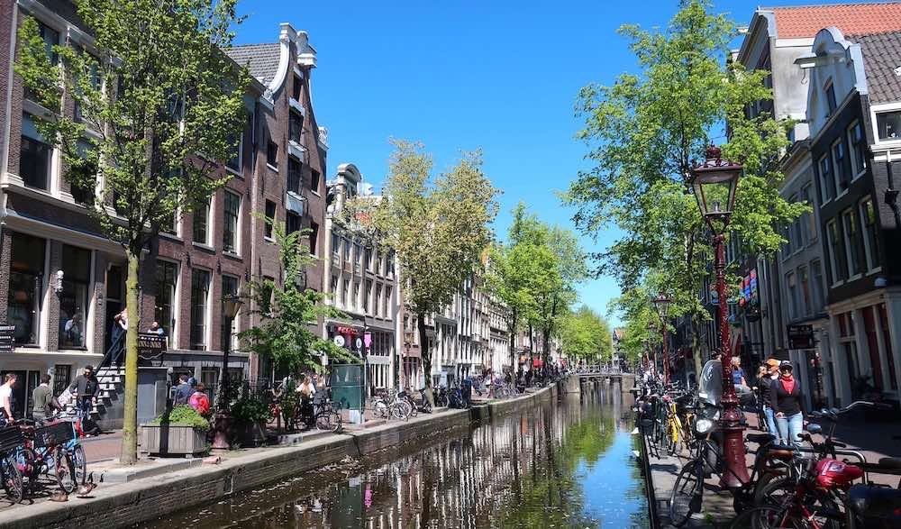 De Wallen district